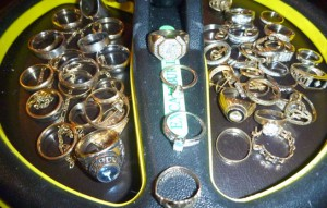 Excalibur-finds-gold-rings